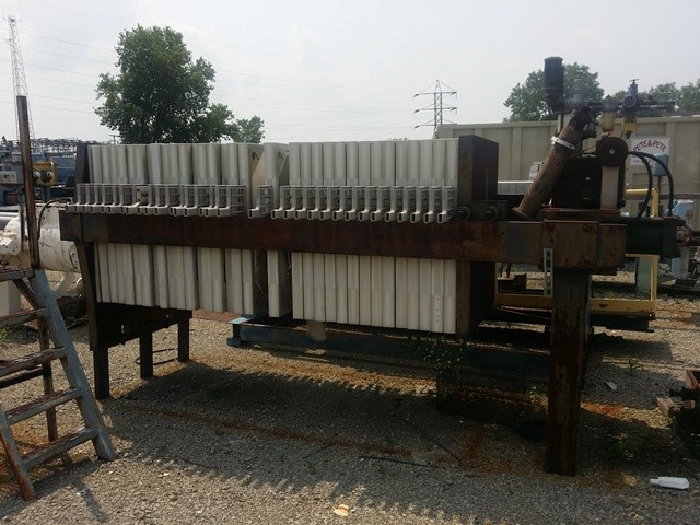 """42"""" AUGEROT FILTER PRESS, POLY, RECESSED, 582 SF"""