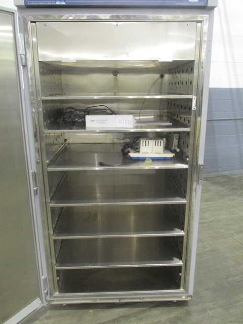 Environmental Specialties Stability Chamber, model ES 2000