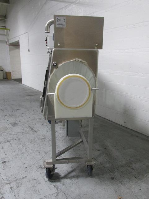 "84"" Lachalhene Isolator, S/S, 4 Glove"