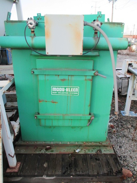 ACCURATE FEEDER WITH DUST COLLECTOR