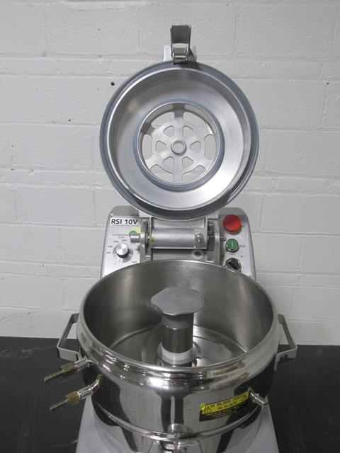 Robot Coupe Vertical Cutter Mixer, Model RSI 10V