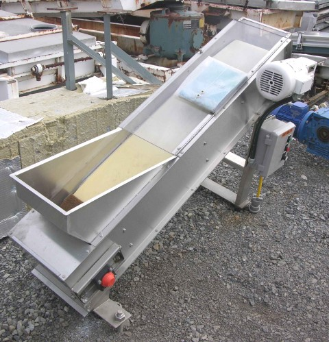 "12"" X 5'' INCLINED BELT CONVEYOR"