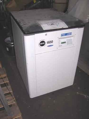 MVE REFRIGERATOR, TYPE TEC-2000