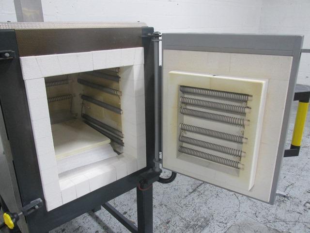 Nabertherm Furnace Model N100/14, 1400 C