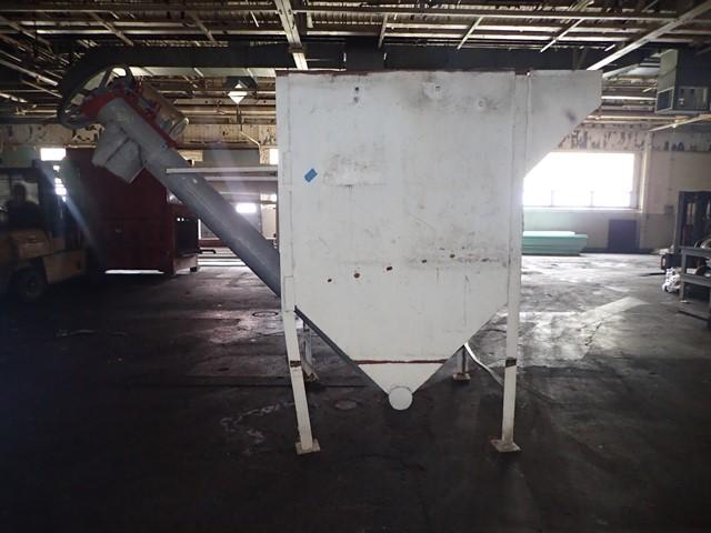 """Hopper with 8"""" Screw Conveyor, C/S"""