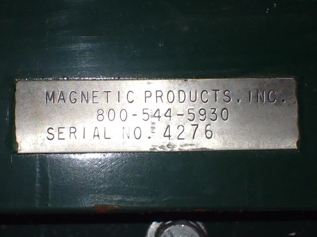 "36"" x 54"" Magnetic Products Cross Belt Magnet"