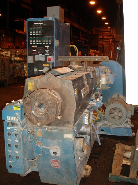 DAVIS-STANDARD TWIN SCREW EXTRUDER, GC8HD