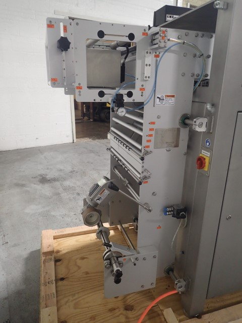 Viking Masek Vertical Form Fill and Seal Unit, Model S250