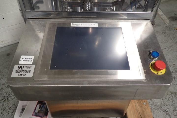 Riva Compacta BD Tablet Press, 14 Station