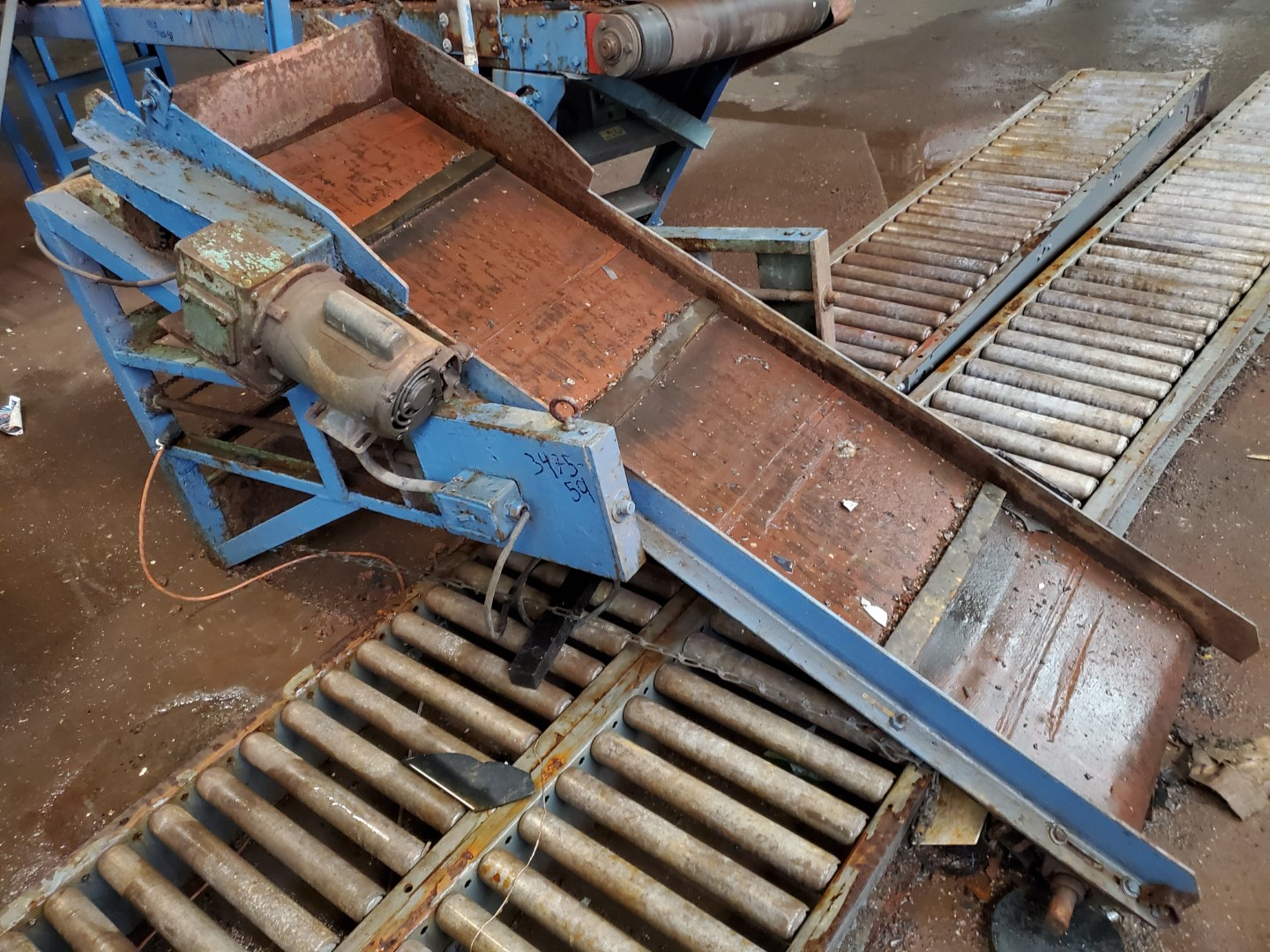 """18"""" x 72"""" Inclined Cleated belt conveyor, C/S"""