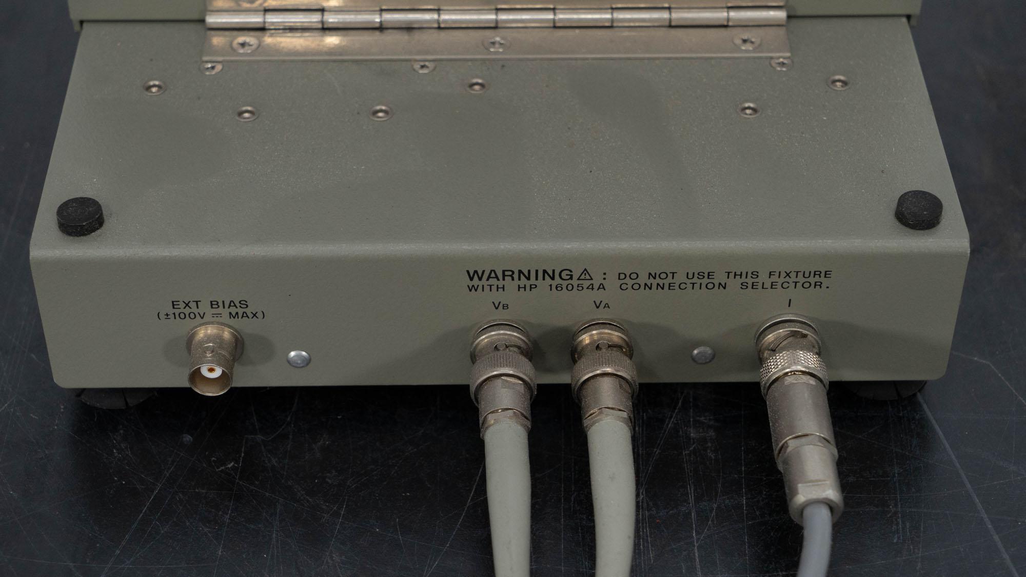 HP Test Fixture, Model 16055A