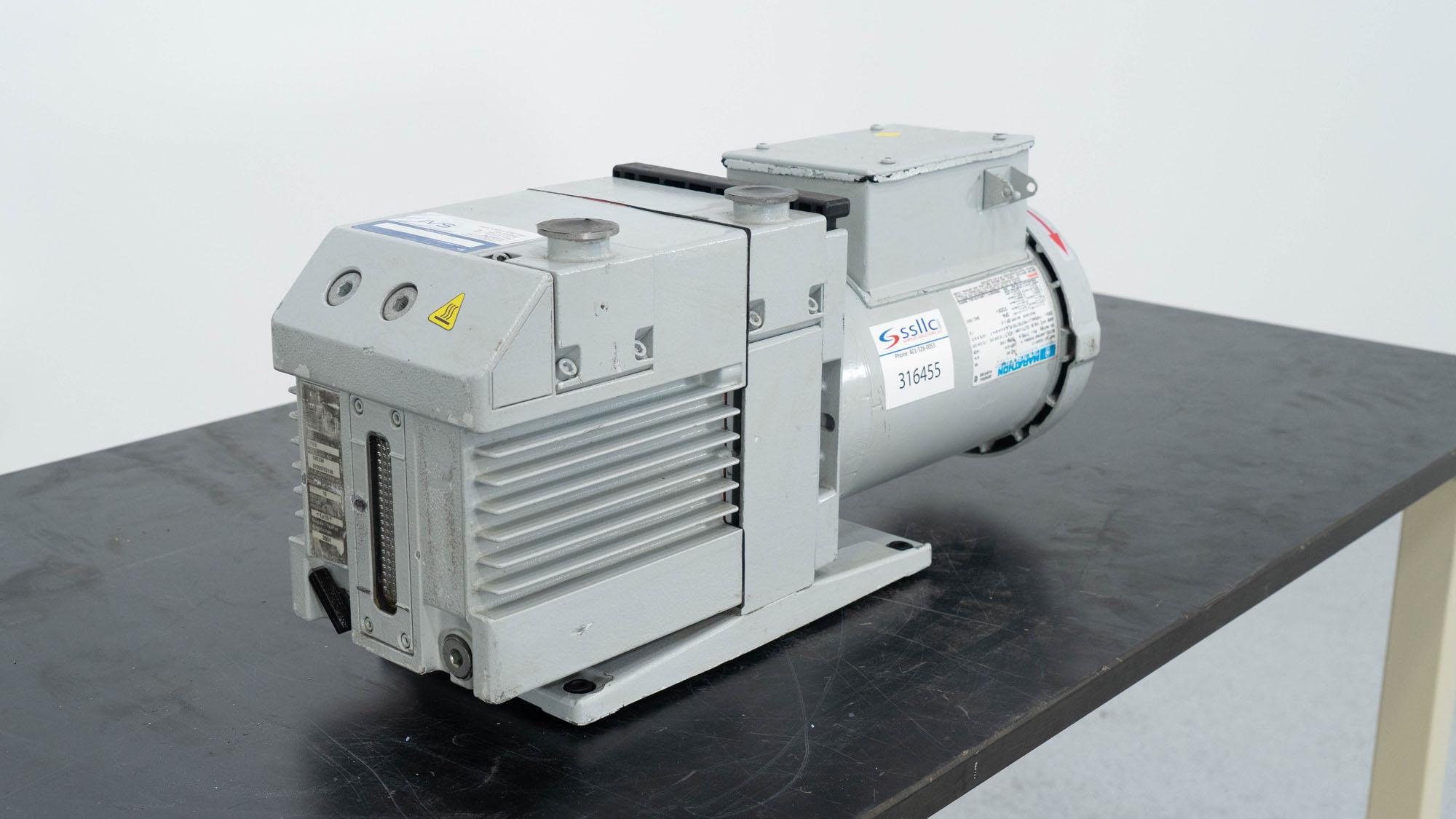 IVS Vacuum Pump, Model D16B