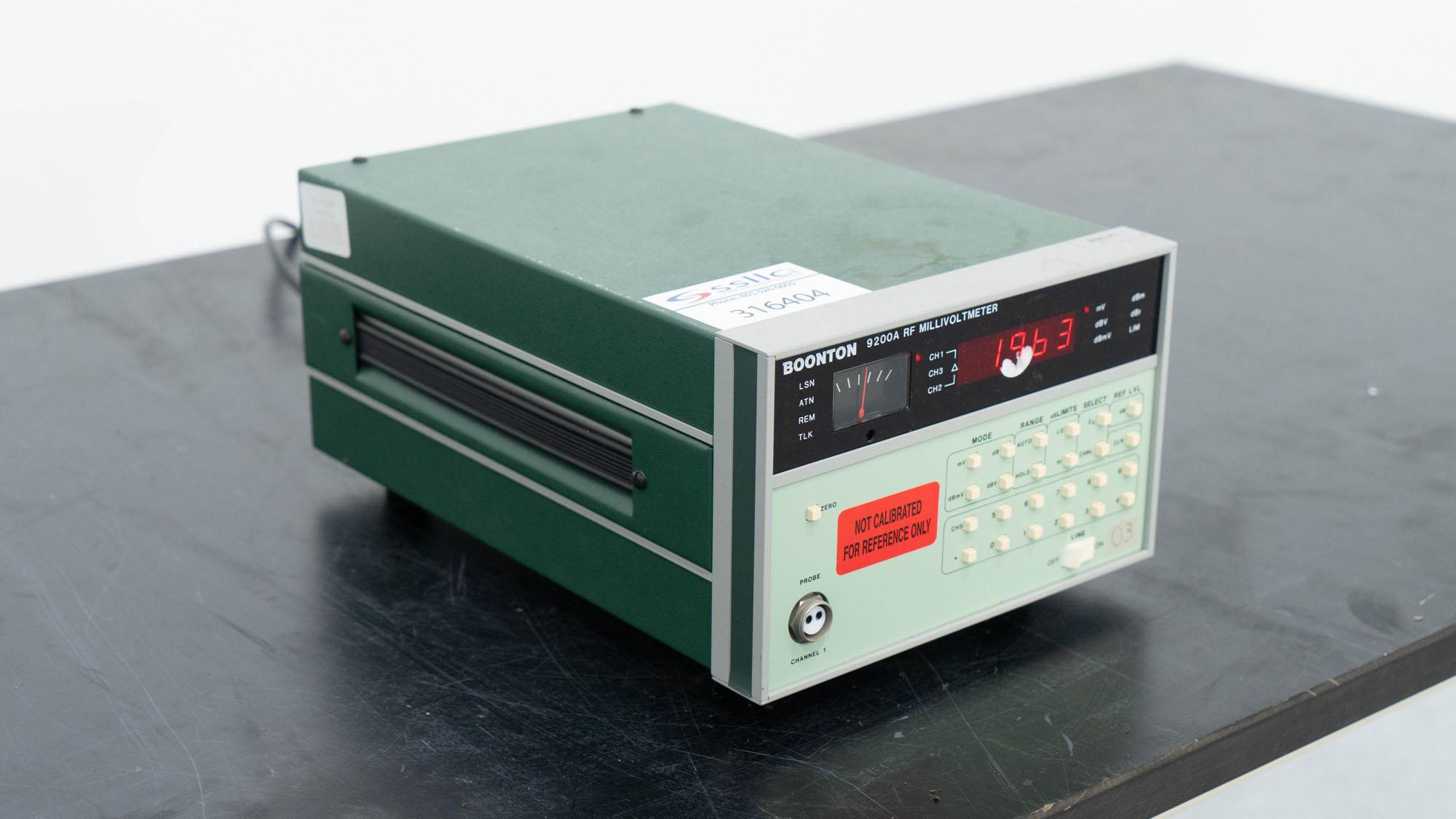 Boonton RF Millivoltmeter, Model 9200A