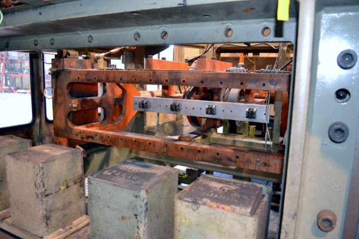BROWN THERMOFORMING LINE, MODEL CS-5500