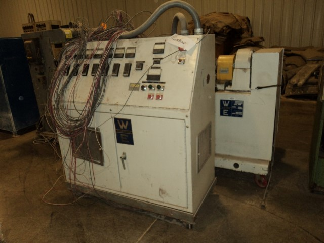 WELDING ENGINEERS HT 0.8 COUNTER ROTATING T/SCREW EXTRUDER