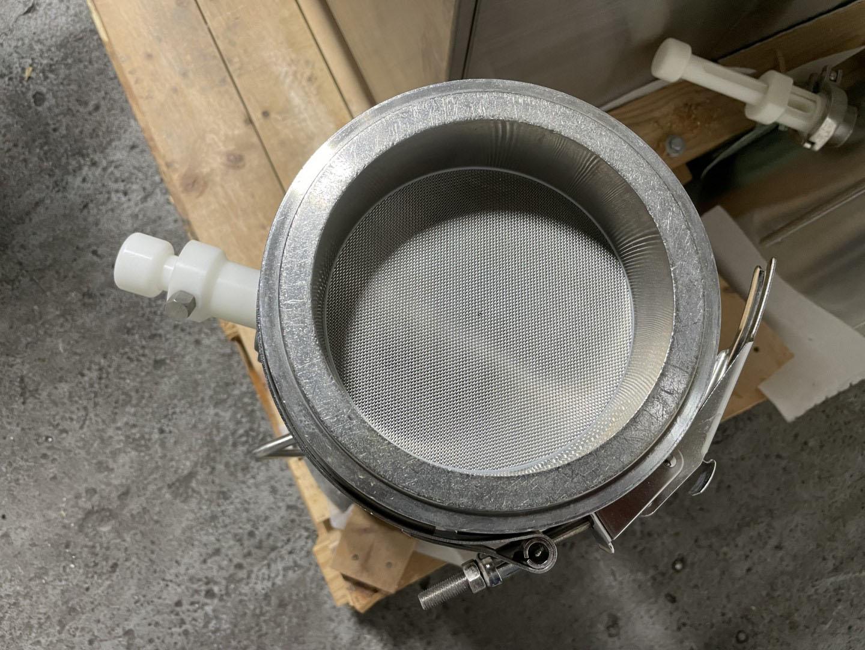 Vector Freund FL-M-1 Fluid Bed Dryer with Inserts