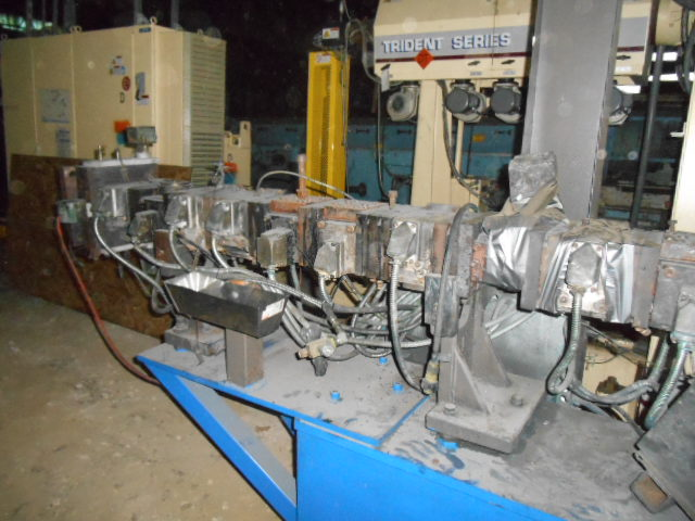 53 MM W AND P TWIN SCREW EXTRUDER, 40:1 L/D