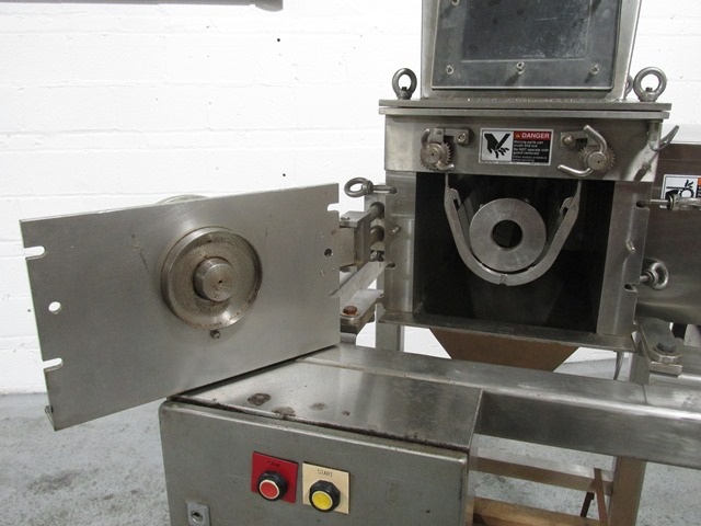 FREWITT OSCILLATING GRANULATOR, S/S, MODEL M424