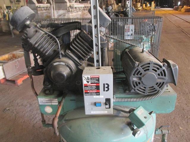 10 HP SPEEDAIRE AIR COMPRESSOR, MODEL WW296-6/WWVRV10