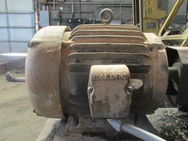 """108"""" BIG BROWN MACHINE GUILLOTINE BALE CUTTER"""