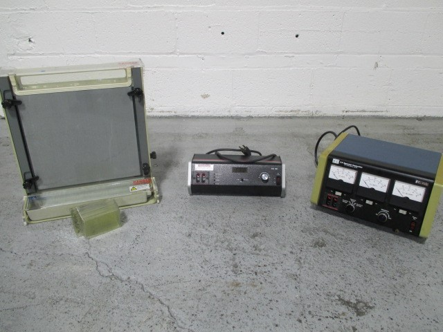 BETHESDA RESEARCH LABS ELECTROPHORESIS SYSTEM